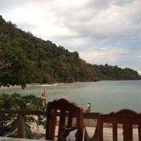 Photo taken at เกาะหวายบีชรีสอร์ท KOH WAI Beach Resort by Katerina D. on 1/2/2012