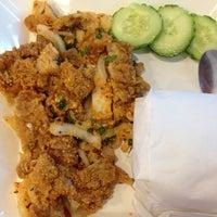 Photo taken at KFC BTS Sala Daeng by Noomol S. on 7/11/2012