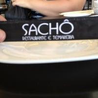 Photo taken at Sachô - Restaurante e Temakeria by Richardson Z. on 8/22/2012