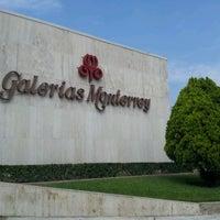 Foto tomada en Galerías Monterrey por Sersgio C. el 8/15/2012