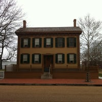 Photo taken at Lincoln Home National Historic Site by Kunyaploy L. on 1/2/2012