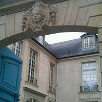 Das Foto wurde bei Institut Suédois von Eric M. am 9/18/2011 aufgenommen