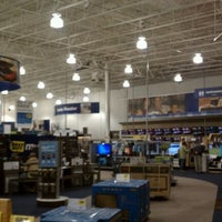 Photo taken at Best Buy by Dawn P. on 9/23/2011