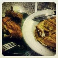 Photo taken at Merritt Restaurant & Bakery by creatrix tiara on 9/9/2012