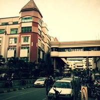 Photo taken at Mangga Dua Mall by Yofie S. on 3/5/2012