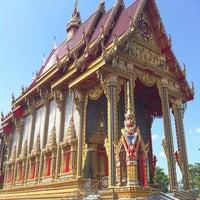 Photo taken at Wat Si Wanophat Sathitporn by Suebwong K. on 11/13/2011