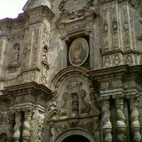 Foto tomada en La Compañía de Jesus por Roberto V. el 4/22/2012