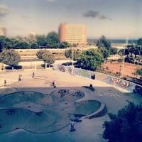 Photo taken at Skate Park Fuengirola by Luis J. T. on 5/20/2012