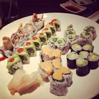 Photo prise au Shogun Japanese Steakhouse & Sushi Bar par Sharyn le2/27/2012