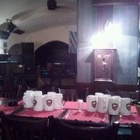 10/5/2011 tarihinde Svilen S.ziyaretçi tarafından Ale House'de çekilen fotoğraf