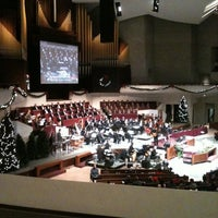 Photo taken at Lake Ave Church by Nedra F. on 12/18/2011