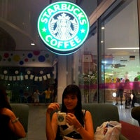 Photo taken at Starbucks by Chi Siang A. on 2/19/2012