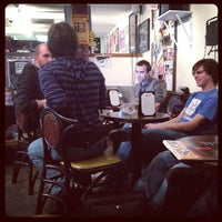 Photo taken at The Beat Coffeehouse by Erick H. on 11/11/2011