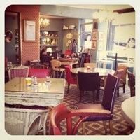 Foto tirada no(a) Susam Cafe por Anneli R. em 11/14/2011