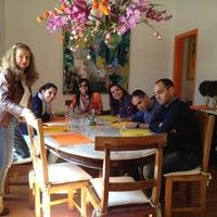 Foto tirada no(a) Goshala Cozinha Natural Contemporânea por Kissia S. em 8/15/2012