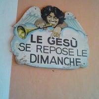 Photo taken at Restaurant du Gesù by FR2DAY on 7/18/2011