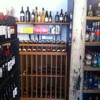 Photo taken at Perry's Wine & Liquors by Philip E. on 7/3/2012