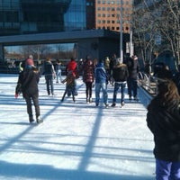 Photo taken at Kendall Square Community Ice Skating by Israel M. on 12/26/2011