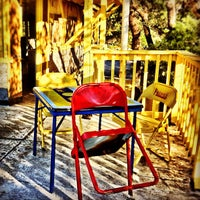 Foto tomada en Dry Creek Cafe & Boat Dock por Skip H. el 11/22/2011