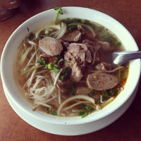 Photo taken at Vietnamese Noodle House by amijat on 3/31/2012