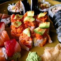 Photo taken at Waraji Japanese Restaurant by Michael Z. on 7/20/2012