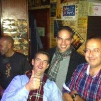 Foto tomada en Gin Club Menora por Fernando I. el 11/19/2011