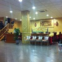 Photo taken at Restaurante Asiático by Jordi P. on 1/2/2012