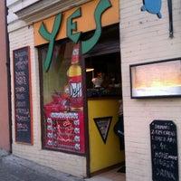 Photo taken at Yes Burger by Jan B. on 1/13/2012