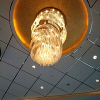 Photo taken at Shanghai Int'l Equatorial Hotel | 上海国际贵都大饭店 by Andrea C. on 6/26/2011