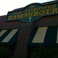 Photo taken at JG's Old Fashioned Hamburgers by Alan B. on 8/3/2012