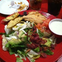 Photo taken at Red Robin Gourmet Burgers and Brews by Barbara L. on 1/25/2012