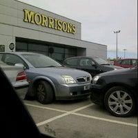 รูปภาพถ่ายที่ Morrisons โดย Ben H. เมื่อ 9/6/2011