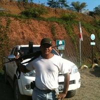 Photo taken at Bubur Ayam Bang Johan by Sutas N. on 10/29/2011
