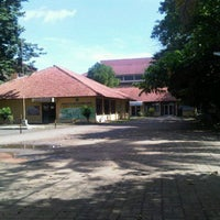 Photo taken at Kampus uika by reyka m. on 3/6/2011