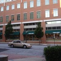 6/1/2012にMohamed A.がGeorgia Tech Bookstoreで撮った写真