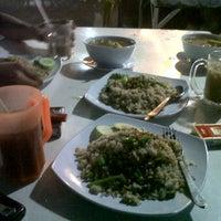 Photo taken at Restoran Mana Lagi by AM@IDHAM on 7/29/2012
