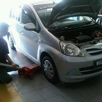 Photo taken at Kumho Tyres Service by yaty on 1/19/2012
