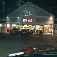 Photo taken at Wawa by Evonne B. on 11/19/2011