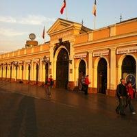 Foto tirada no(a) Mercado Central por Manuel M. em 8/5/2012