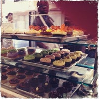 Photo taken at Magnolia Bakery by Louise S. on 11/22/2011