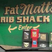 Foto scattata a Fat Matt's Rib Shack da Camille N. il 9/21/2011
