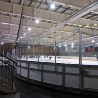 Photo taken at Хоккейный центр Амур by Добрый Вечер on 2/2/2012