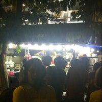 Photo taken at Burger Bakar Kaw Kaw by Arep B. on 8/4/2012