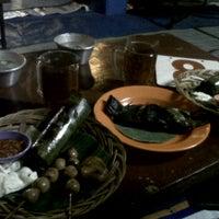 Photo taken at Angkringan Nasi Kucing Mas Jojo by Duhita A. on 10/7/2011