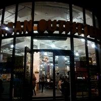 12/10/2011にGreg S.がUrban Outfittersで撮った写真
