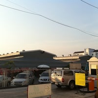 Photo taken at Sammakorn Weekend Market by Wacharapol I. on 1/16/2011