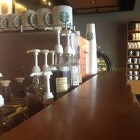 Photo taken at Starbucks by Eduardo P. on 8/30/2012