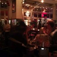 Das Foto wurde bei Café Extrablatt von Valentin S. am 12/28/2011 aufgenommen