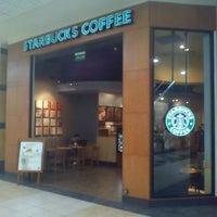 Photo taken at Starbucks Coffee by Flavio on 10/10/2011