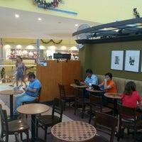 Photo taken at Starbucks by Javier C. on 11/5/2011